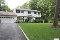 23 Highwoods Ct Saint James NY, 11780