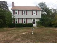 57 Smith Chelmsford MA, 01824