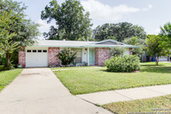 6303 Flint Rock Dr San Antonio TX, 78238