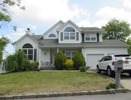 17 Tuthill Creek Dr Patchogue NY, 11772