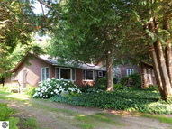 11137 North Shore Drive Northport MI, 49670