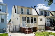 254-20 82nd Rd Floral Park NY, 11004