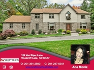 124 Van Riper Lane Woodcliff Lake NJ, 07677