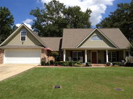 106 Larkspur Brookhaven MS, 39601