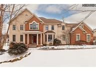 17385 Tall Tree Trl Chagrin Falls OH, 44023