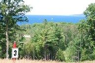 980 Hotchkiss Circle Petoskey MI, 49770