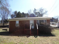 210 E Pillow Street Clifton TN, 38425