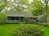 9 Greenbriar Pl Kingston RI, 02881