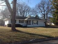 5501 Lakeview Dr Greendale WI, 53129