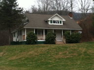 135 Laurel Valley Rd Troutdale VA, 24378