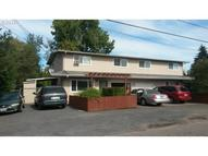 1690 S St Springfield OR, 97477