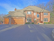 1n424 Indian Knoll Road West Chicago IL, 60185