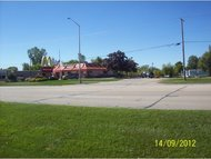 1186 N Shawano New London WI, 54961