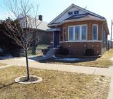 619 151st St East Chicago IN, 46312