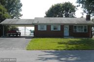 13549 Paradise Dr Hagerstown MD, 21742