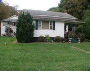 85 Unicorn Drive Center Point WV, 26339