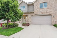 173 Carey Trail Wood Dale IL, 60191