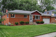 9 South Hatlen Avenue Mount Prospect IL, 60056