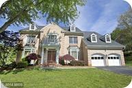 1295 Tweed Court Vienna VA, 22182