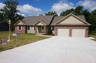 1814 Colonial Dr Marion IL, 62959