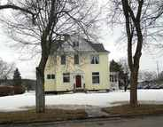 212 W E St Iron Mountain MI, 49801