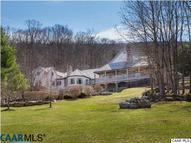 229 Woodside Ln Warm Springs VA, 24484