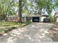 2740 Magnolia  Drive Horn Lake MS, 38637
