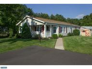35 Willow Ct New Hope PA, 18938