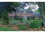 259 Mourning Dove Dr Saunderstown RI, 02874