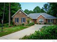208 Willesden Drive Cary NC, 27513