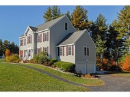27 Washington Dr Brentwood NH, 03833