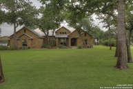 117 Copper Ridge Dr La Vernia TX, 78121