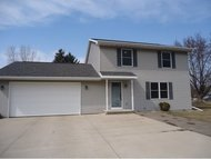1329 Robin New London WI, 54961