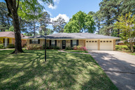 257 Winterwood Shreveport LA, 71106