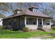 221 East South Greenville IL, 62246