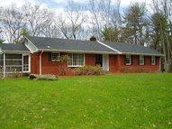 146 Forest Hill Drive Kingston NY, 12401