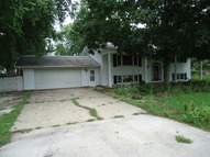 104 Country Side Lane Crescent City IL, 60928