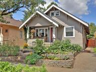 3447 Se Caruthers St Portland OR, 97214