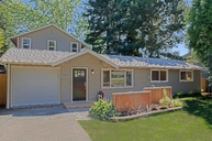 2412 200th Place Sw Lynnwood WA, 98036