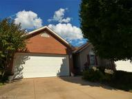 1481 Waters Edge Dr Akron OH, 44313