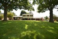 2961 Huntertown Road Versailles KY, 40383