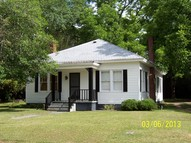 332 Strickland Avenue, Blackshear GA, 31516