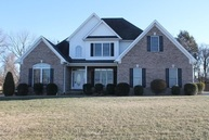 958 Hunters Pointe Ln Bowling Green KY, 42104