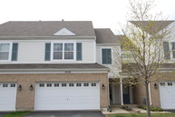 1518 Glacier Circle Crystal Lake IL, 60014