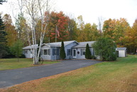 21 Woodlawn Lane Willsboro NY, 12996