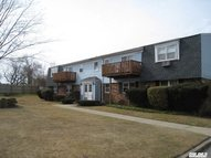 260 Waverly Ave 2b Patchogue NY, 11772