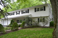 64 Holly Glen Ln S Berkeley Heights NJ, 07922