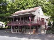 30 Pleasant View St Jewett City CT, 06351