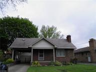 28 Leighton Ave Youngstown OH, 44512