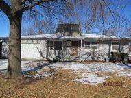 1920 Sw 36th Ter Topeka KS, 66611